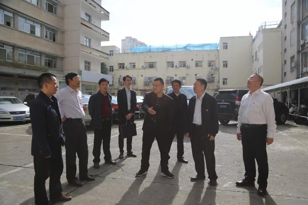2019年11月,國資委黨建局領導趙振乾一行到廣西公司調研并指導工作